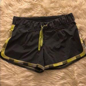 Lululemon grey and green shorts - Size 8